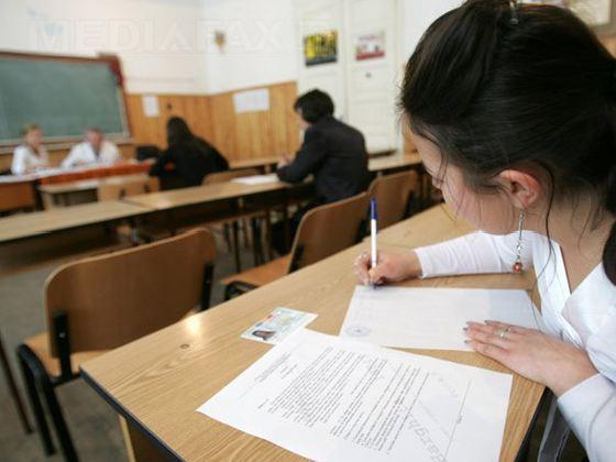 154.956 de absolvenți ai clasei a VIII-a susțin astăzi prima probă a Evaluării Naționale